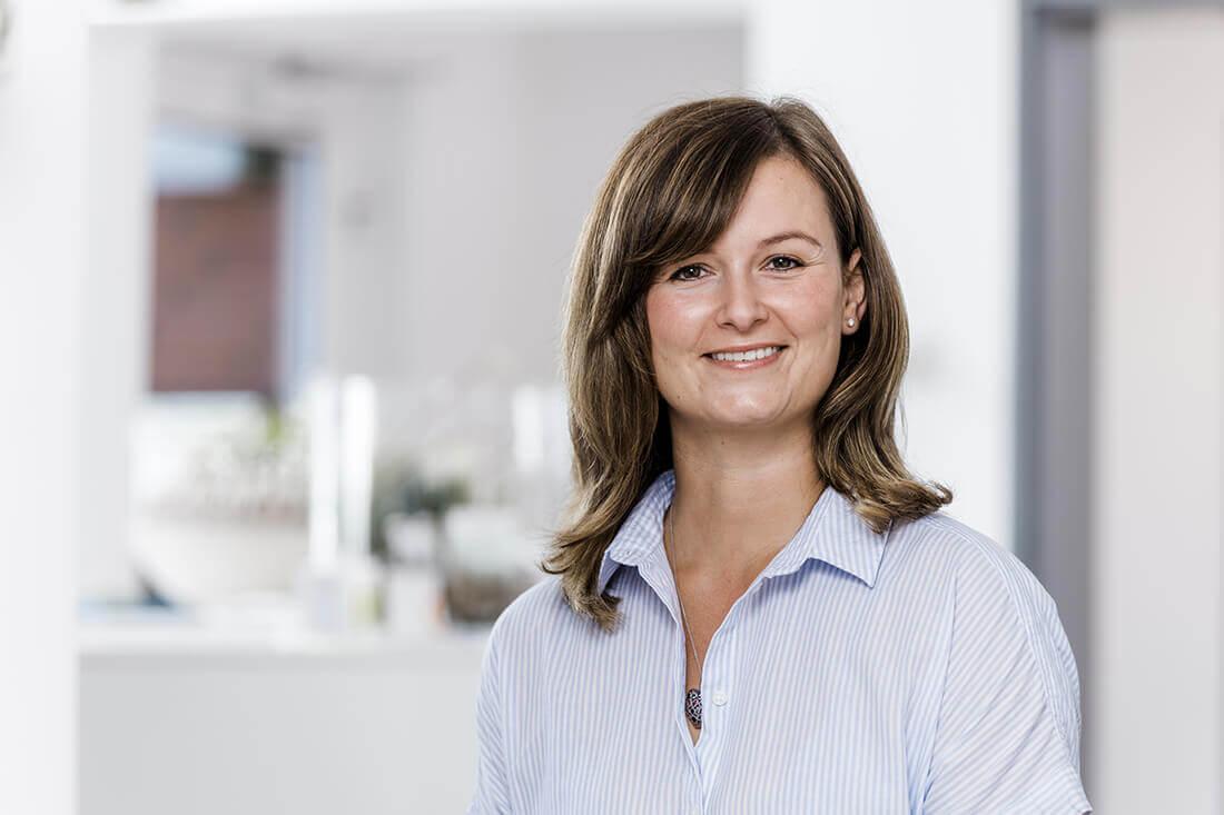 Zahnarzt Neuss Holzheim - Jonek / Gensior - Team ZÄ Magdalena Gensior