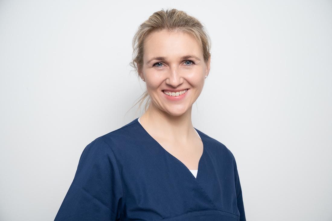 Zahnarzt Neuss Holzheim - Jonek / Gensior - Team - Dr. Julia Ohlig