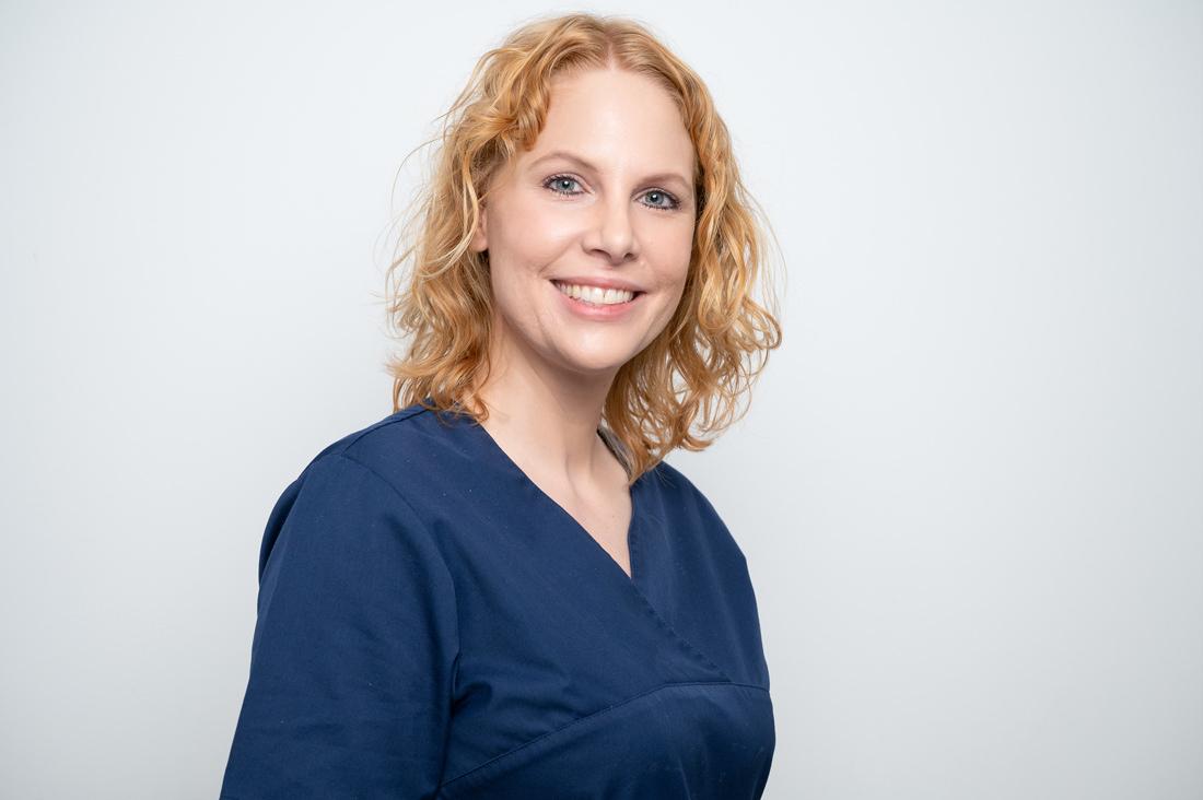 Zahnarzt Neuss Holzheim - Jonek / Gensior - Team - Julia Jonek